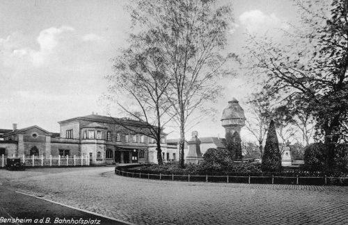 Bahnhofsplatz 1931