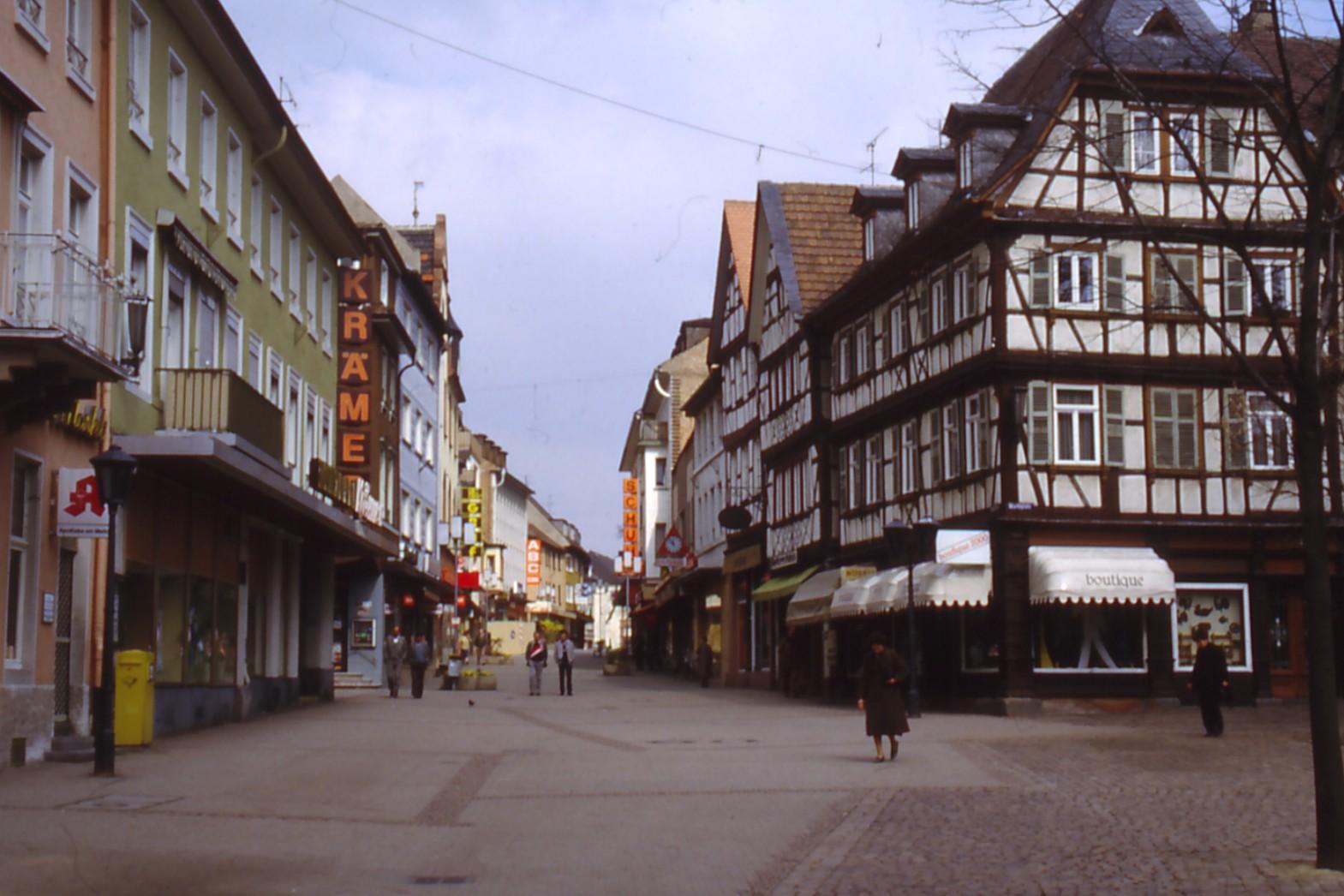 Hauptstraße um 2000